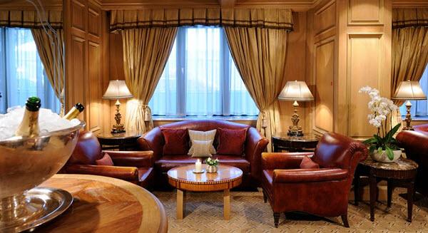 d couvrez les h bergements de luxe berlin. Black Bedroom Furniture Sets. Home Design Ideas